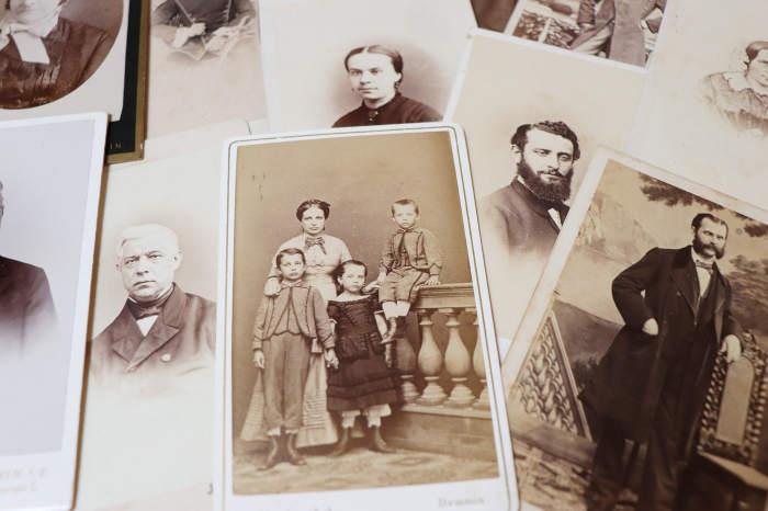 Familienaufstellung der Vorfahren und Ahnen